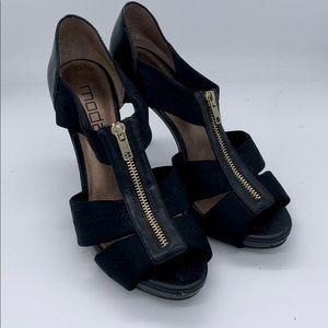 Moda heels with zippered top